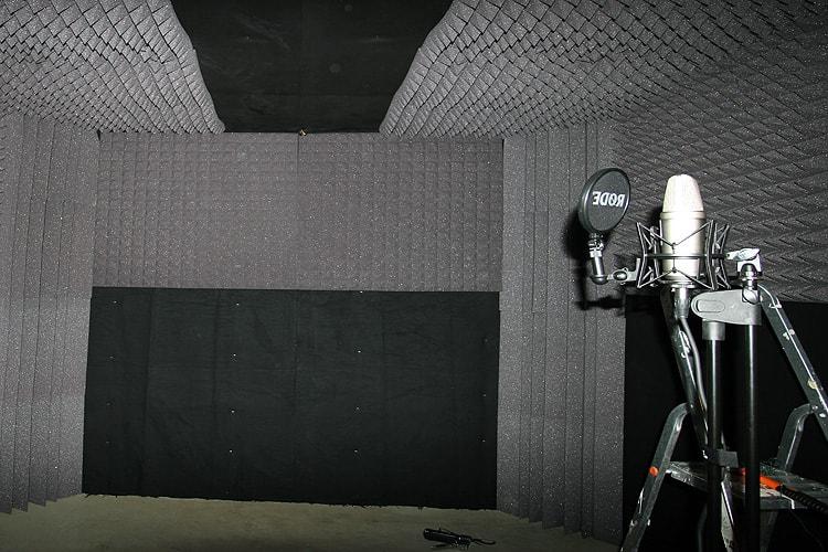 Звукоизоляция помещений поролоном